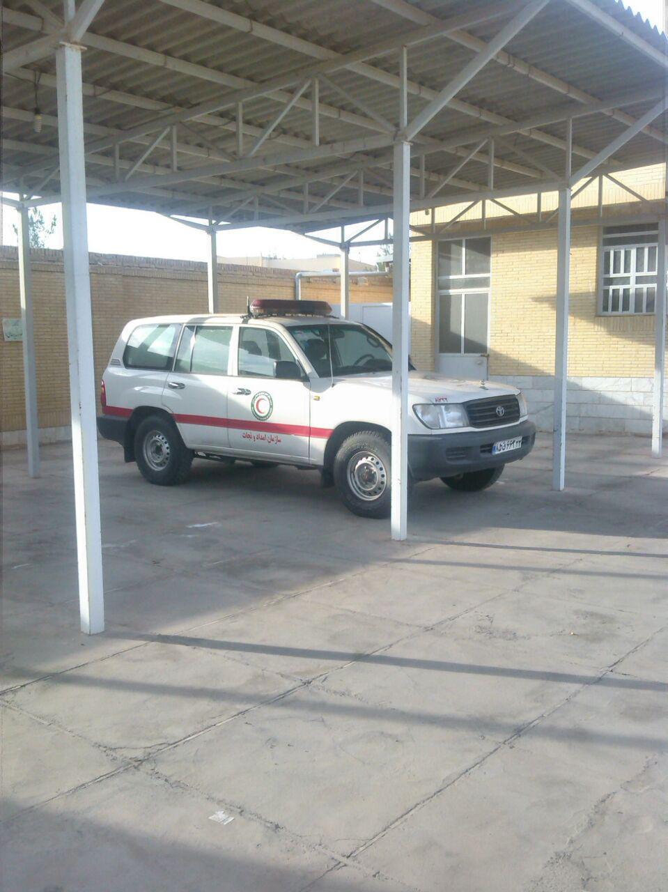 توقیف آمبولانسی که در هلال احمر یزد به خودروی تشریفات تبدیل شده بود